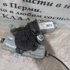 Стеклоподъемник электр. задний левый Hyundai Solaris 2010-2017 834011R110, 834011R010 3