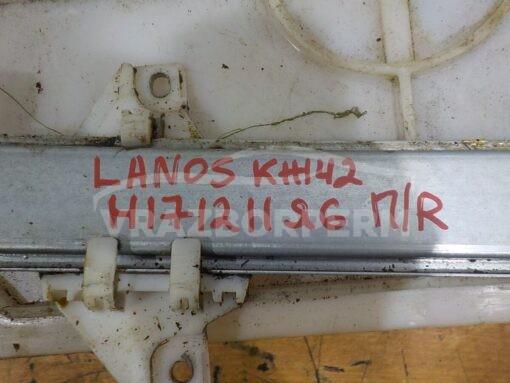 Стеклоподъемник механ. передний правый Chevrolet Lanos 2004-2010  96304040