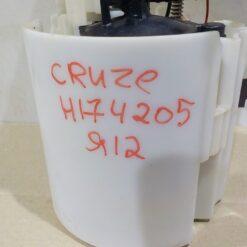 Насос топливный электрический Chevrolet Cruze 2009-2016 13578733, 13586327 8