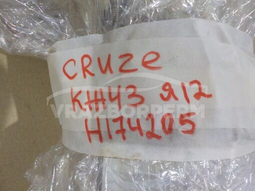 Насос топливный электрический Chevrolet Cruze 2009-2016  13578733, 13586327