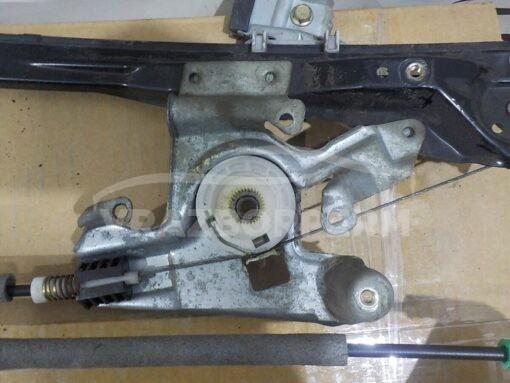 Стеклоподъемник электр. передний левый Ford Focus I 1998-2005  1149810, 1331614