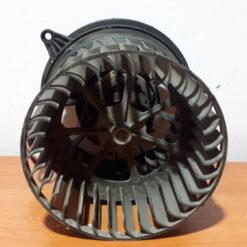 Моторчик отопителя перед. Ford Fusion 2002-2012 1252926 1
