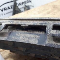 Решетка бампера переднего центральная (без ПТФ) Volkswagen Jetta 2011> 5c6853677 2
