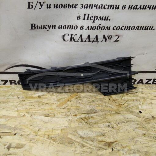 Решетка бампера переднего левая (под ПТФ) Skoda Octavia (A7) 2013>  5E0807681F9B9