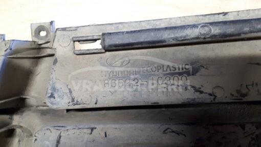 Решетка бампера переднего центральная (без ПТФ) Hyundai Getz 2002-2010  865221C300