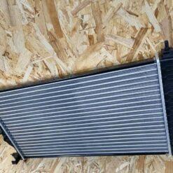 Радиатор основной Chevrolet Cruze 2009-2016 13311079, 13336889 2