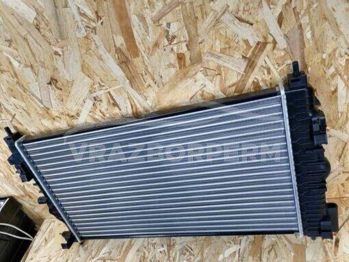 Радиатор основной Chevrolet Cruze 2009-2016  13311079, 13336889
