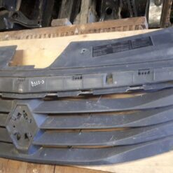 Решетка радиатора перед. Renault Logan 2005-2014 2005422 1