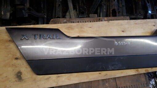 Накладка крышки багажника зад. центр. Nissan X-Trail (T31) 2007-2014  909011DJ0A