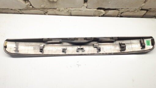 Накладка крышки багажника зад. центр. Nissan Qashqai (J10) 2006-2014  90810Jd0