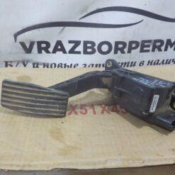 Педаль газа VAZ Lada Granta 2011>  111831108500