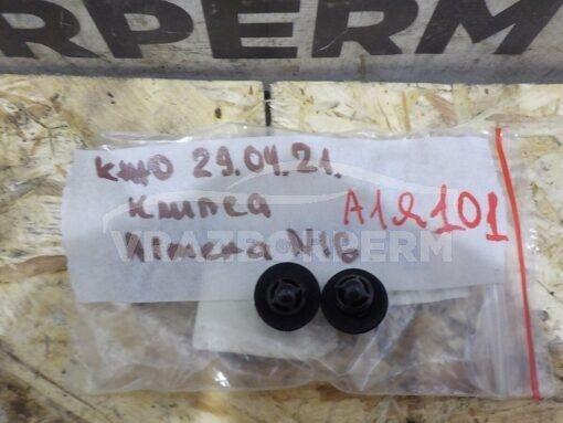 Клипса (пистон) Nissan Almera N16 2000-2006  852844J500, 85284BN700
