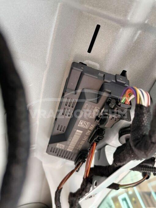 Блок управления (ЭБУ) двери багажника Volkswagen Touareg 2010-2018  7P6959107C, 7P6959107
