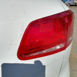 Фонарь задний правый внутренний (в крышку) Volkswagen Touareg 2010-2018 7P6945094A, 7P6945094C 2