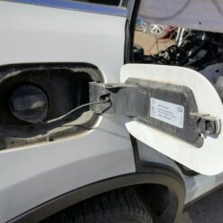 Лючок бензобака Volkswagen Touareg 2010-2018 7P6809909A 2