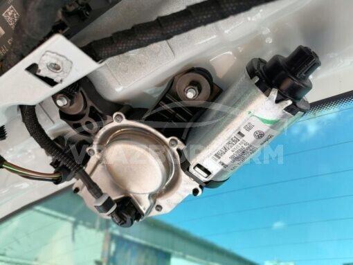 Моторчик стеклоочистителя заднего Volkswagen Touareg 2010-2018  7P6955711B, 7P6955711A, 7P6955711