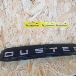 Накладка двери багажника Renault Duster 2012> 848109774R, 848100815R 1