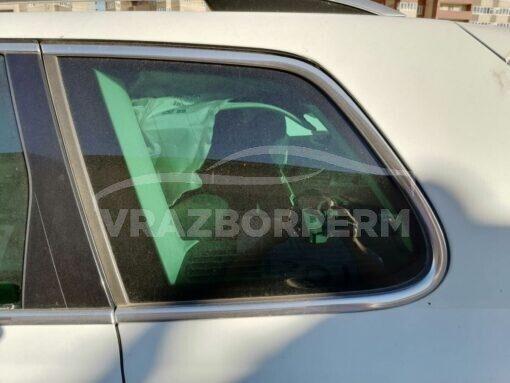 Стекло кузовное глухое заднее левое (форточка) Volkswagen Touareg 2010-2018  7P6845297ALNVB