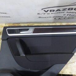 Обшивка двери задней правой (дверная карта) Volkswagen Touareg 2010-2018 7P6867 3
