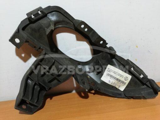 Окантовка ПТФ передней правой Mazda Mazda 3 (BK) 2002-2009   BN8P51680A