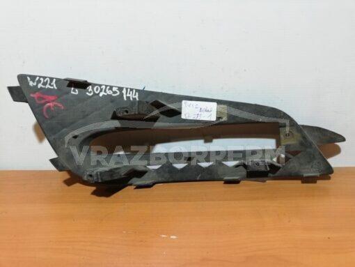 Окантовка ПТФ передней левой Mercedes Benz W251 R-Klasse 2005>  a2518852923