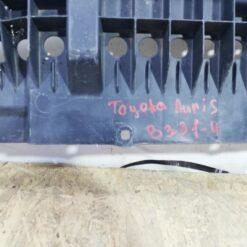 Пыльник бампера (защита) передний центр. Toyota Auris (E15) 2006-2012 5261802010 1