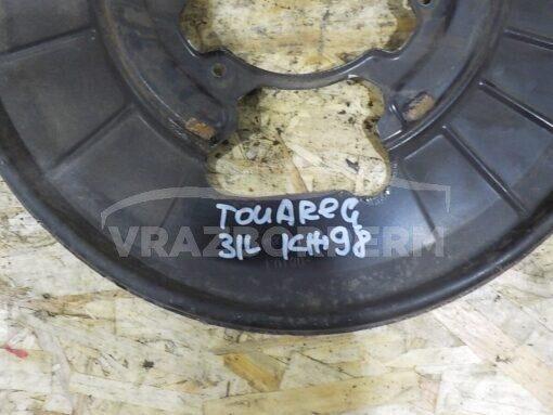 Щит опорный задний левый Volkswagen Touareg 2010-2018  7P0609724B
