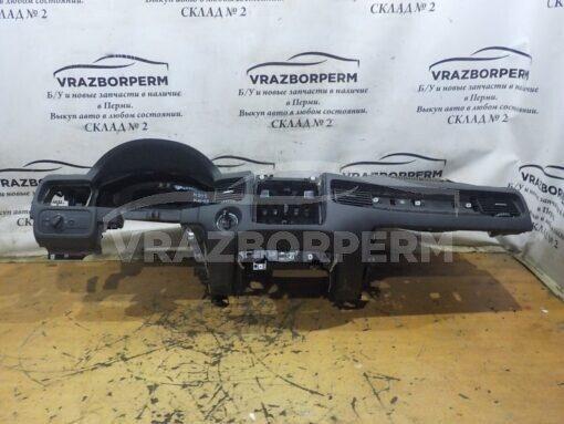 Панель приборов (торпедо) Volkswagen Touareg 2010-2018  7P1857003GHR2