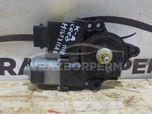 Моторчик стеклоподъемника Kia Ceed 2012>  82460A5000