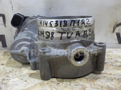 Заслонка дроссельная Volkswagen Touareg 2010-2018  03H133062C