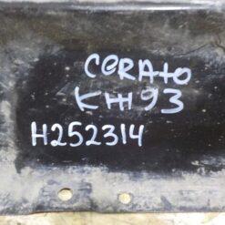 Планка Kia Cerato 2004-2008 667012F011 1