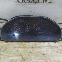 Щиток приборов Mitsubishi Galant (E5) 1993-1997  MR240620