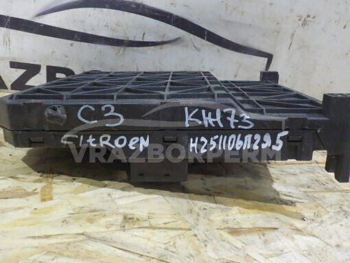 Блок предохранителей Citroen C3 2002-2009  6580X4