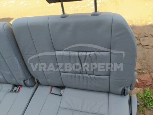 Сиденье заднее Toyota Land Cruiser (100) 1998-2007