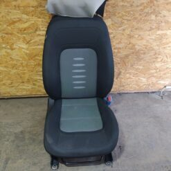 Сиденье переднее правое Kia Ceed 2012>   88404A2120AUA
