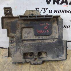 Крепление аккумулятора (подставка АКБ) перед. Kia Ceed 2012>  37150a2000